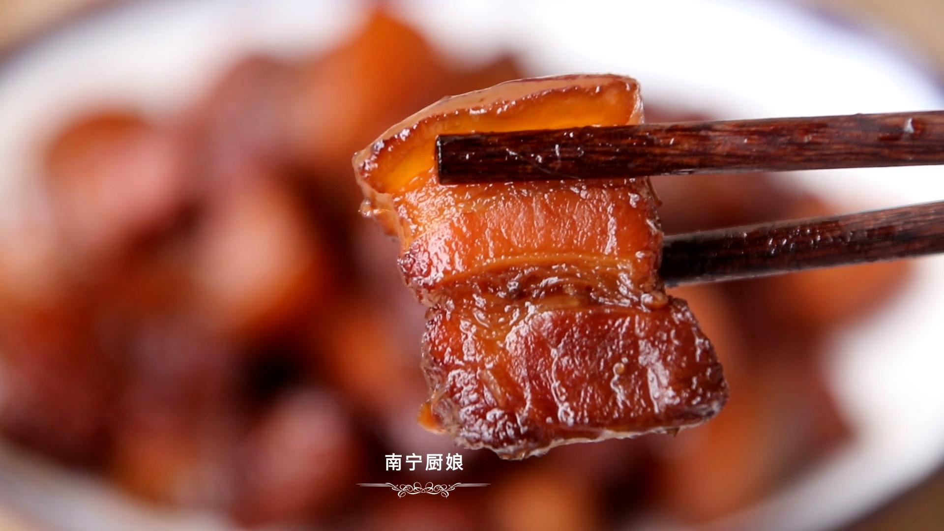做紅燒肉時,焯水和直接燉都不對,大廚教你正確做法,軟糯還不膩