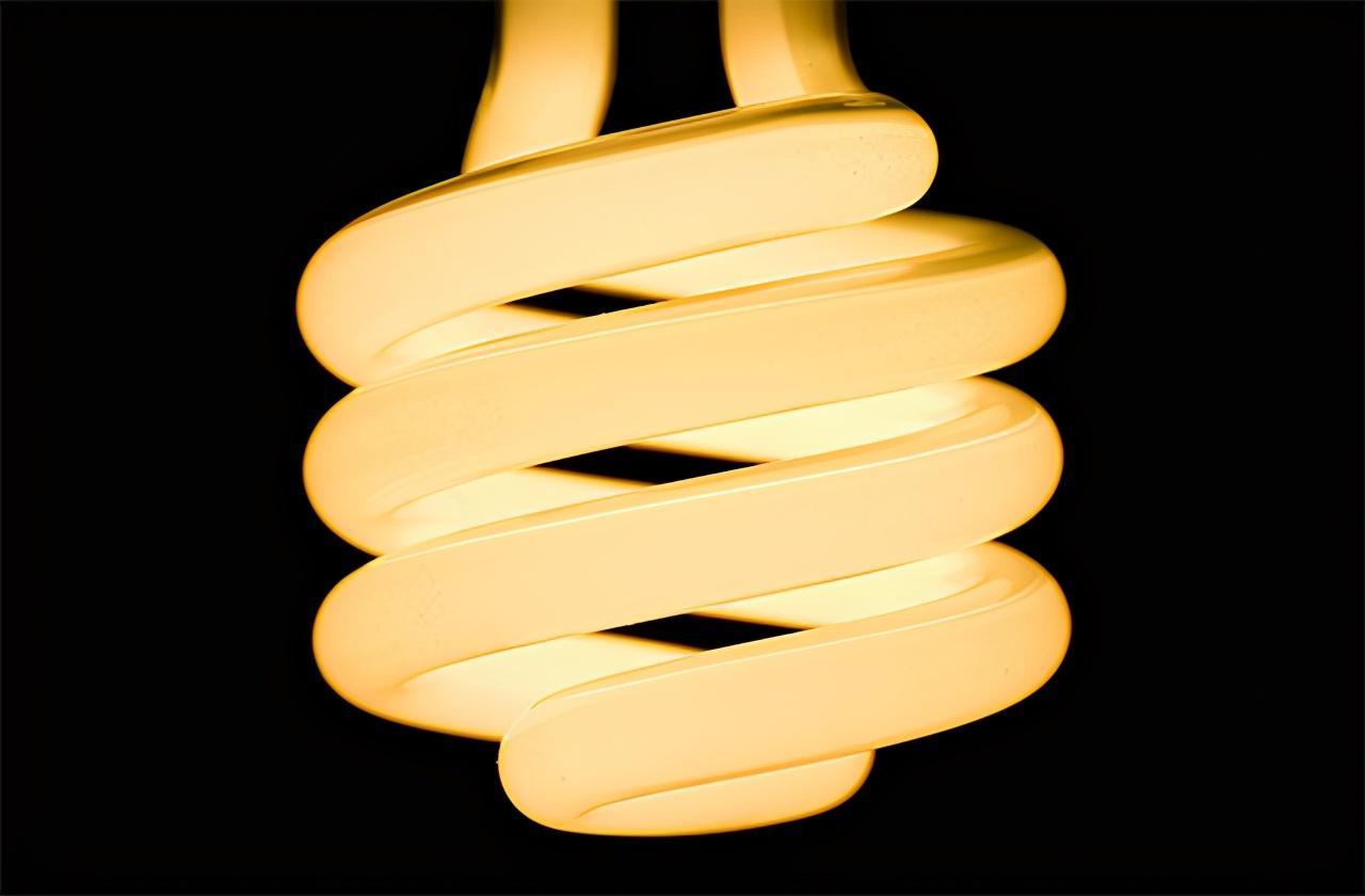 螺旋型熒光燈管有什么優勢和特點