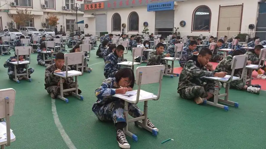 衡水龙8app-职高升学部新学期二次月考圆满结束