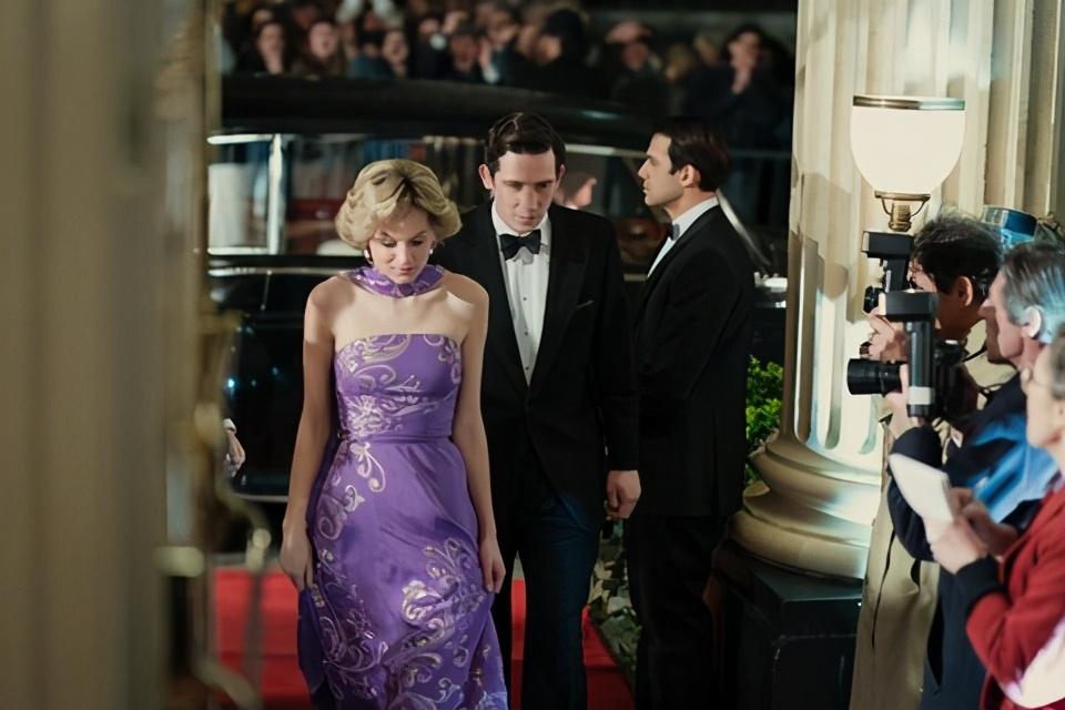 英王室传记剧《王冠》还原黛安娜王妃悲剧一生,惊人程度历年之最