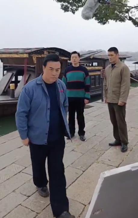 电影《秀水泱泱》开机第二天,湖心岛上三个男人一台戏