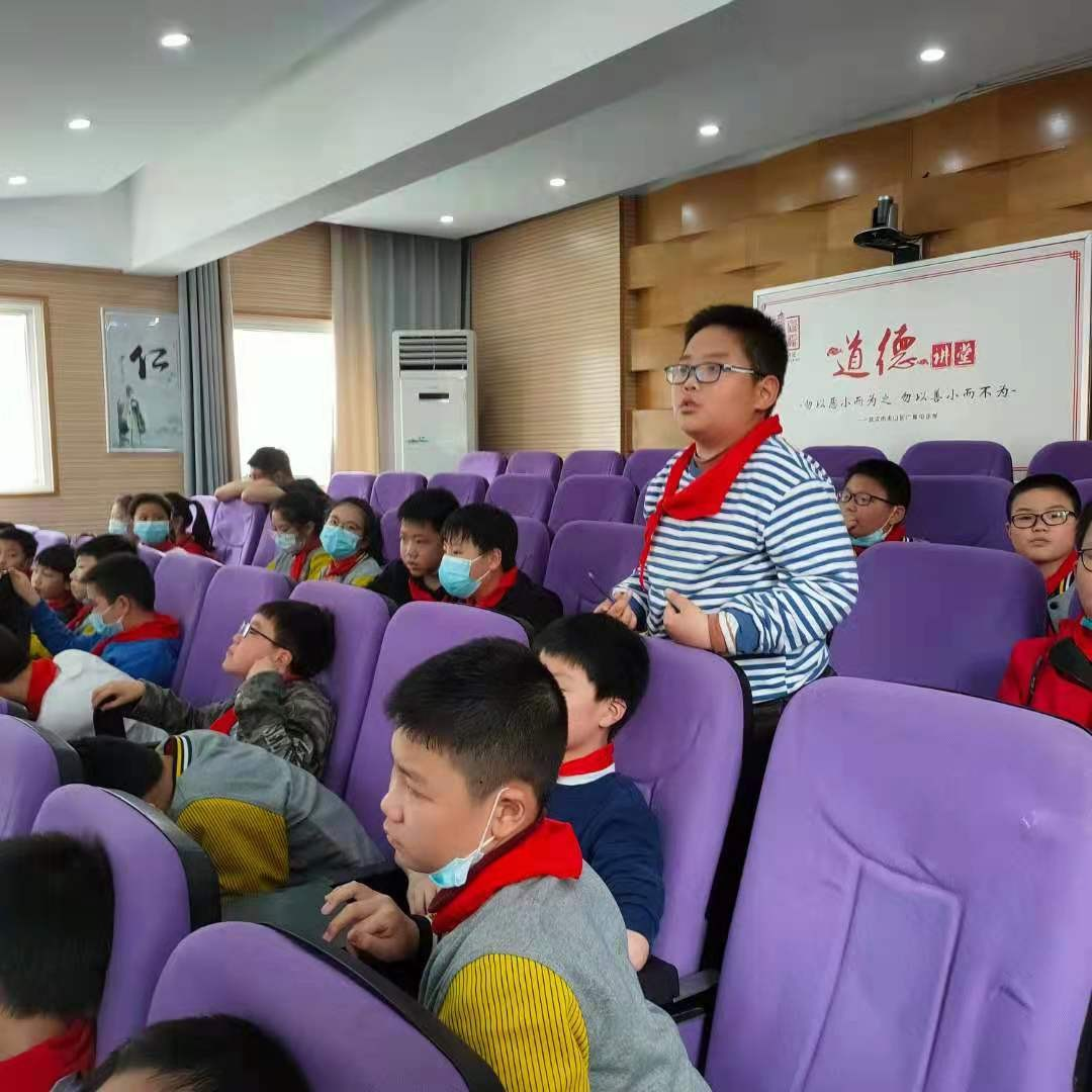 武汉市洪山区市场监管局把食品安全课开进校园