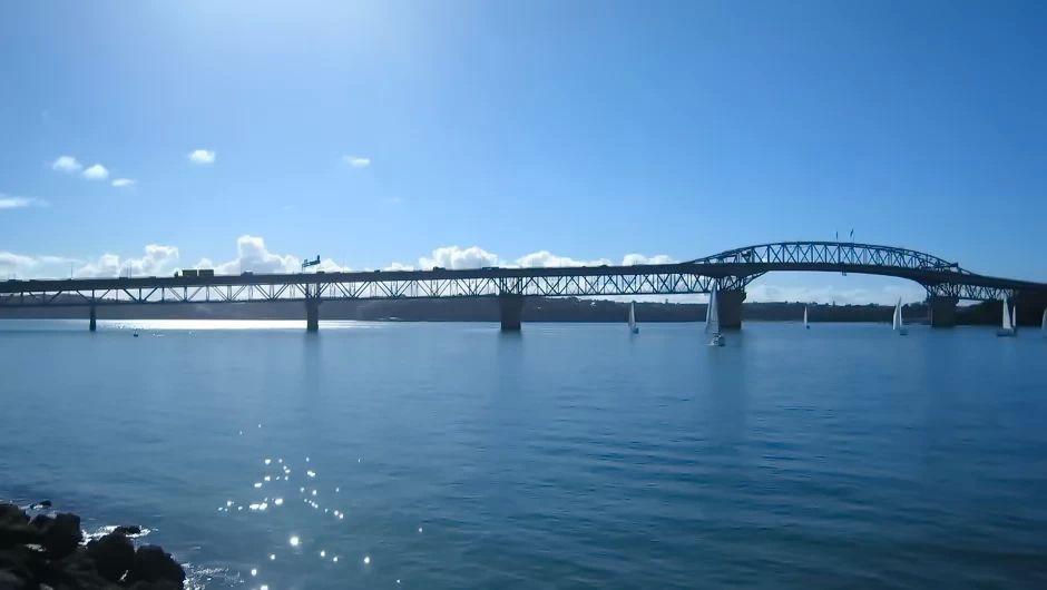 美国请中国帮忙修桥,还付给中国上百亿,这项工程究竟有多难?