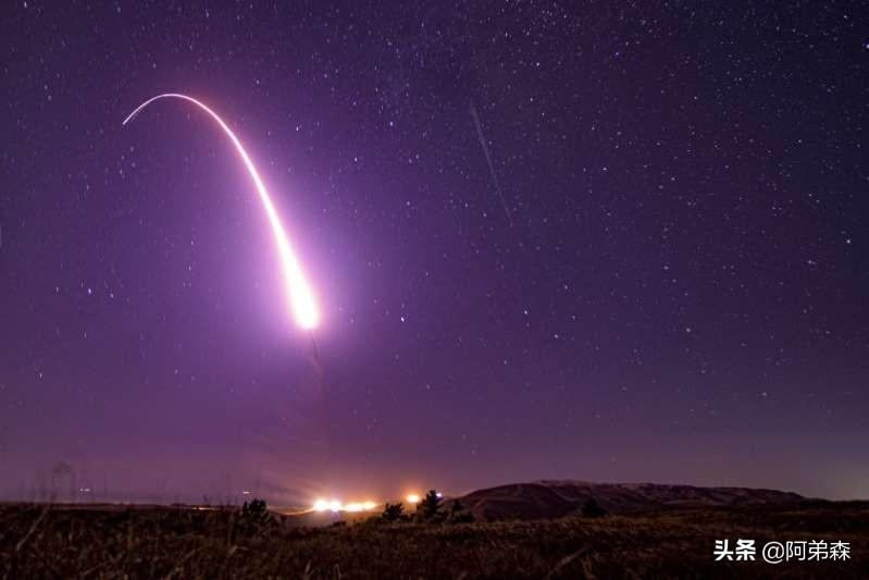 新冠疫情没阻止美国核工业的发展,正加紧开发用于打击中俄的核武