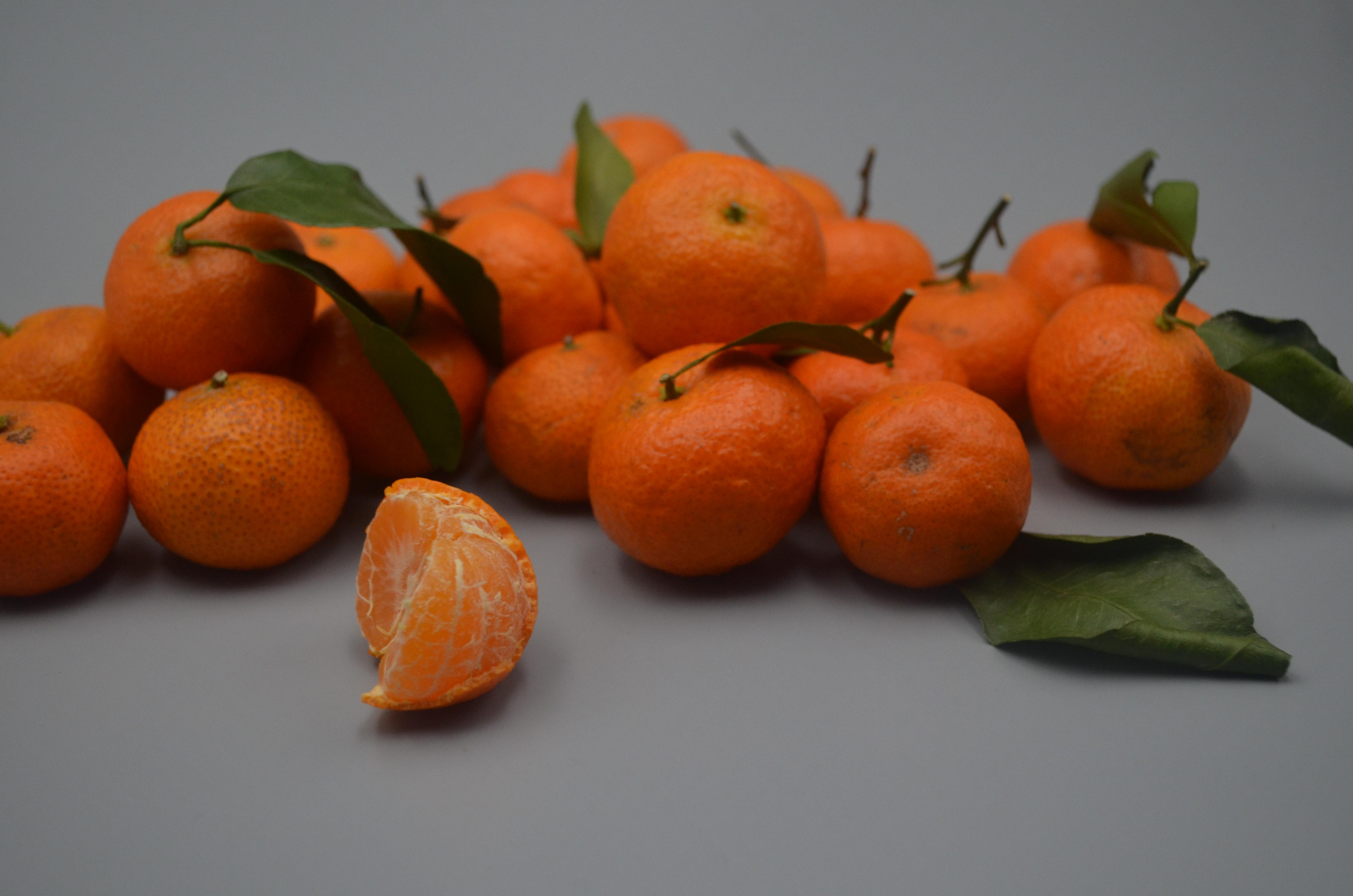 """你喜歡吃砂糖橘嗎? 記住""""3看1捏"""",砂糖橘清甜味道好,漲知識"""