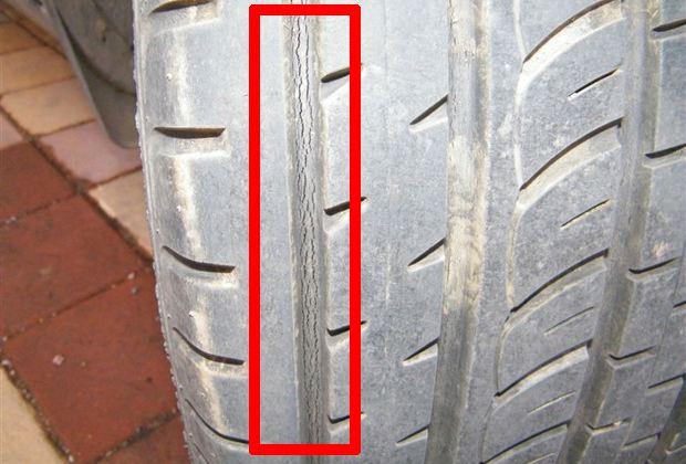 汽车爆胎不是突如其来的,这几种征兆意味着有爆胎的风险