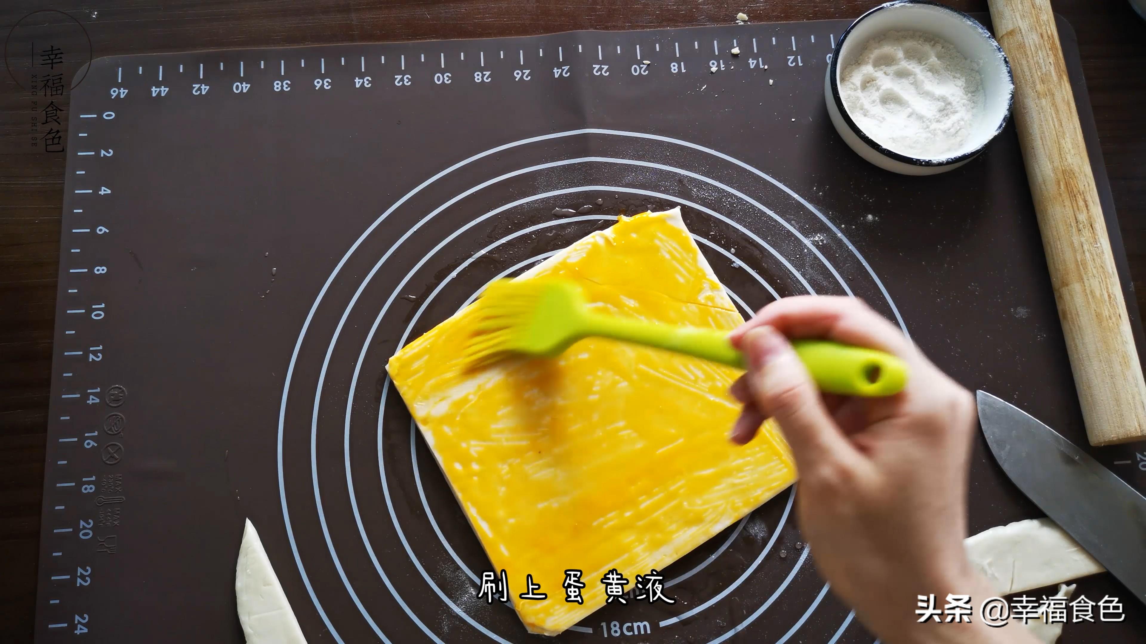 看一遍就学会的杏仁酥做法,毫无难度,新手也能轻松成功