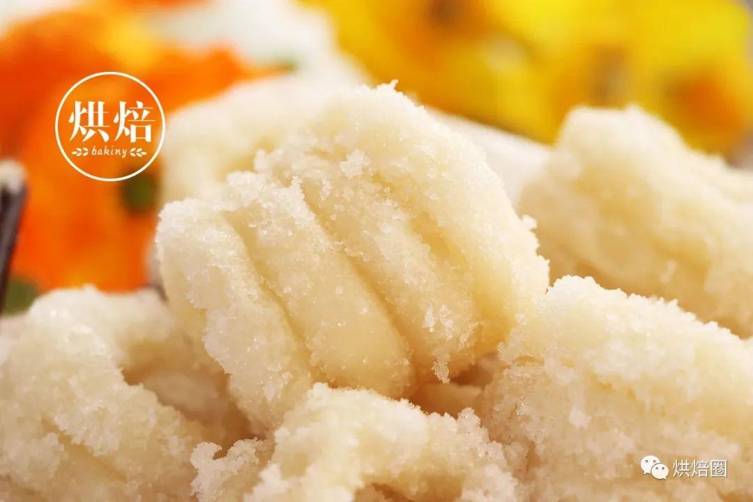 南昌人把糯米糕做成圈状 油炸不会黄 外脆内糯 成为江西五大名点