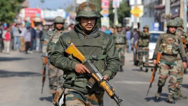 八万发子弹就把一个大国吓成这样?印度对中巴新一轮军贸忧心忡忡