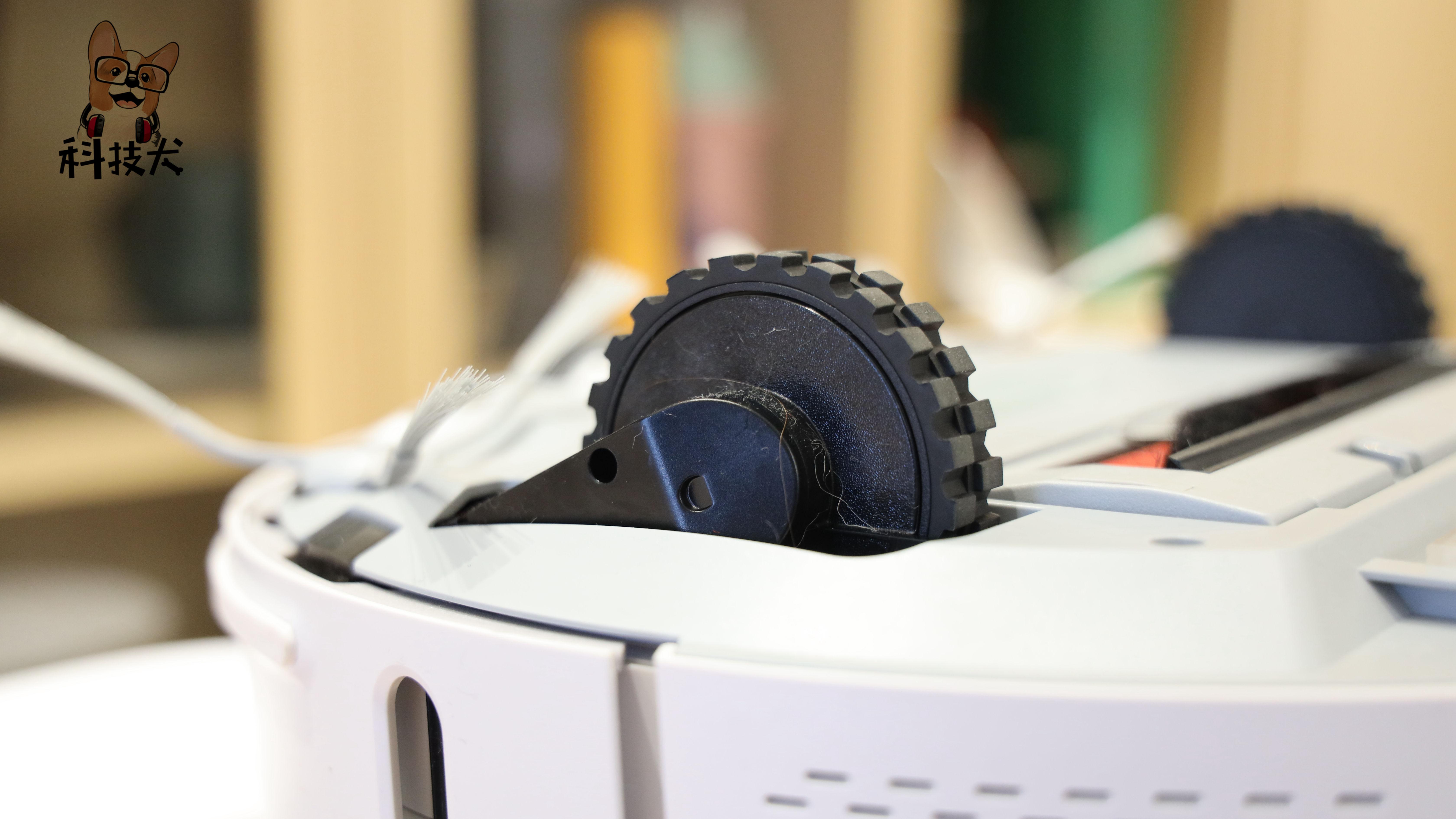 睿米自集尘扫拖机器人EVE PLUS评测:扫吸拖很全能 质价比完美诠释
