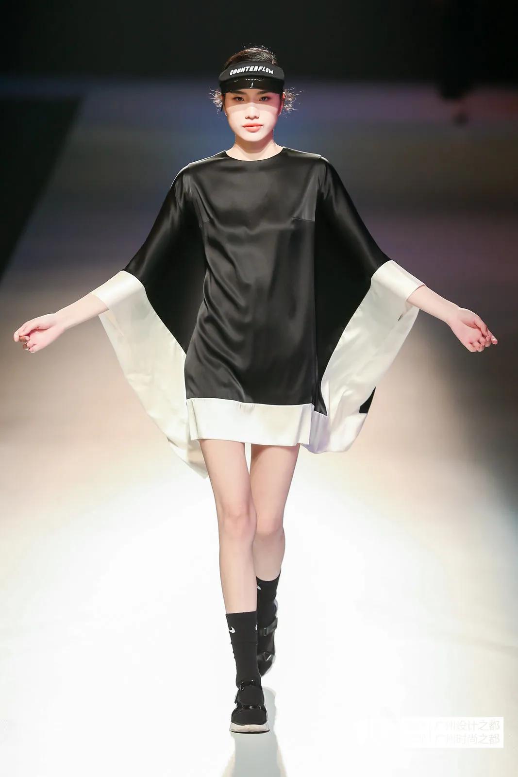 2021广东时装周(春季)秀场直击——SAILOR WU 真丝度假休闲女装