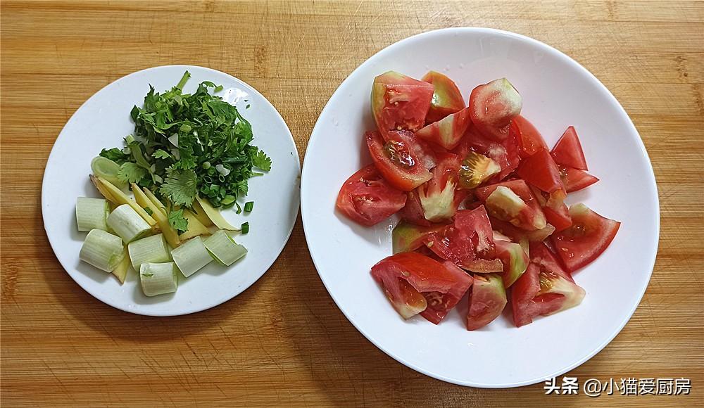 【西红柿滑肉汤】做法步骤图 可以多喝西红柿滑肉汤味道酸香