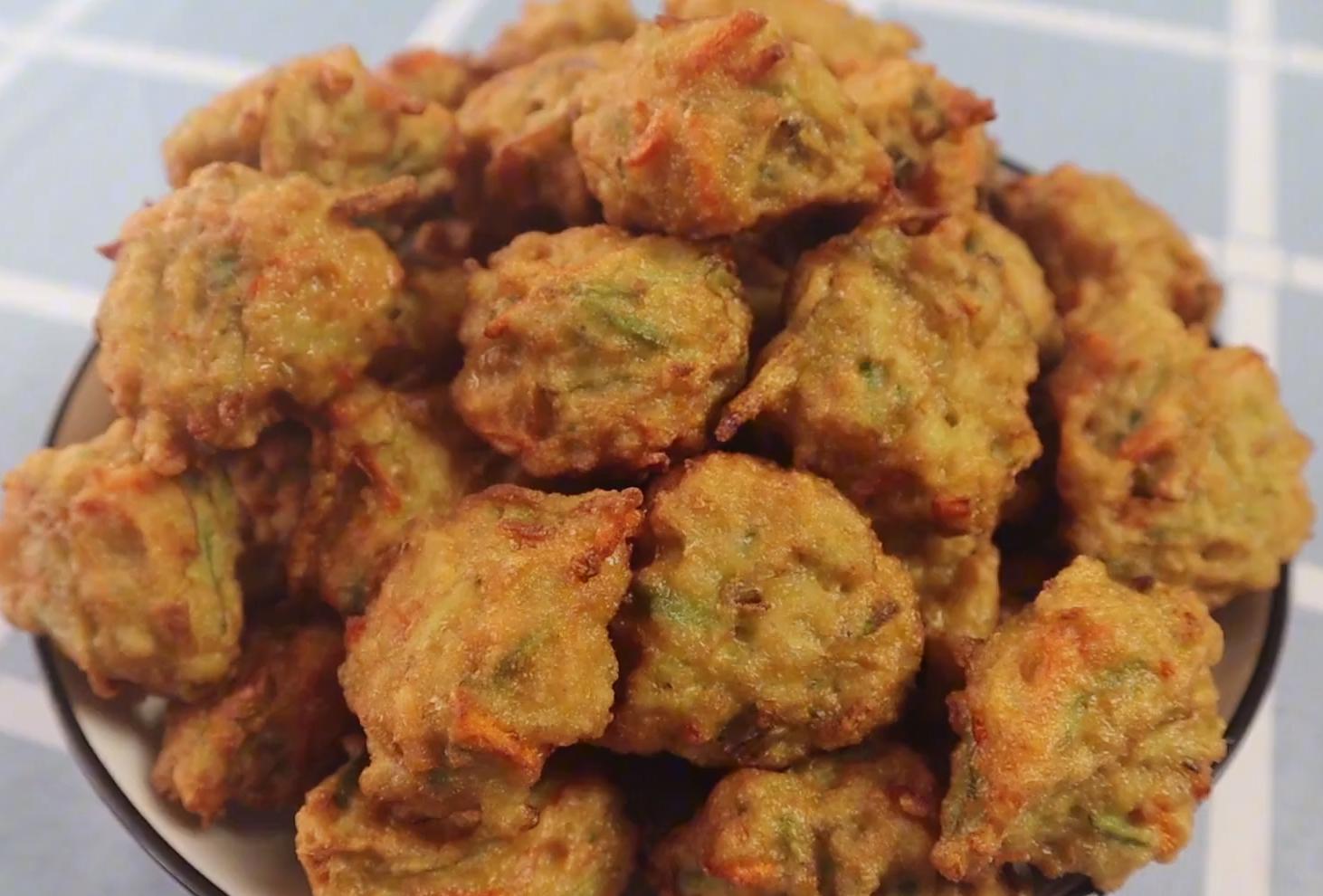 这才是萝卜丸子最好吃的做法,外酥里嫩,营养不油腻,方法超简单