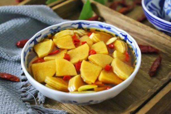 腌萝卜时,最忌用盐杀水,教你几个小技巧,脆嫩入味一年都不坏