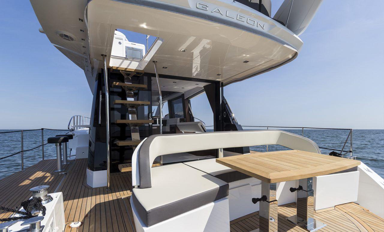 海上娱乐派对之王:波兰卡帝尔GALEON 500 FLY船测