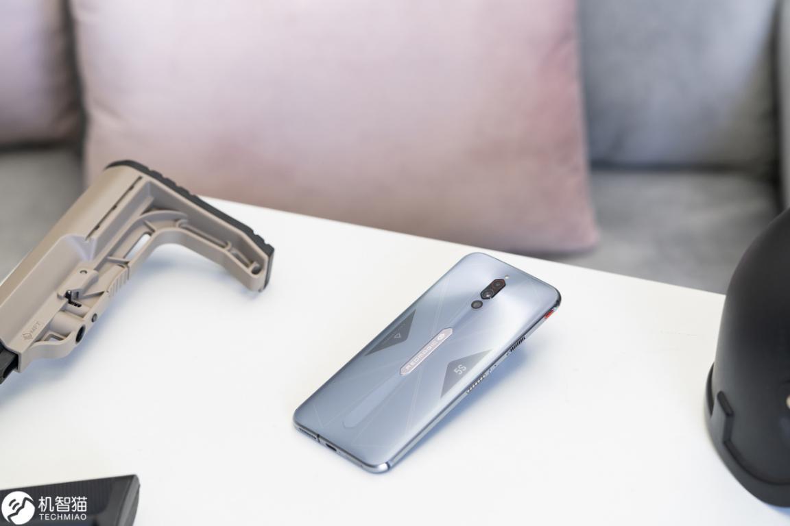 秋季新品即将扎堆来袭,现在买手机哪些划得来?