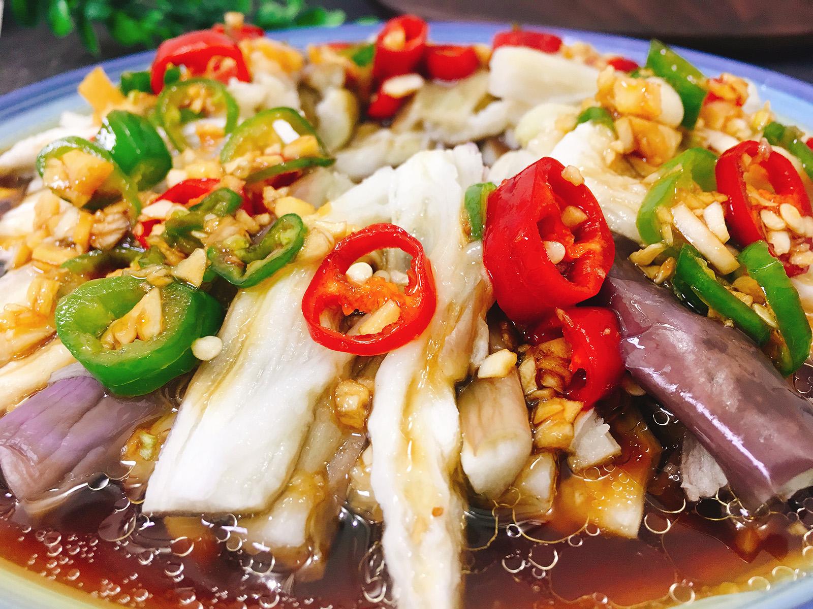 夏天茄子就该这样吃,酸辣爽口,开胃下饭 美食做法 第7张