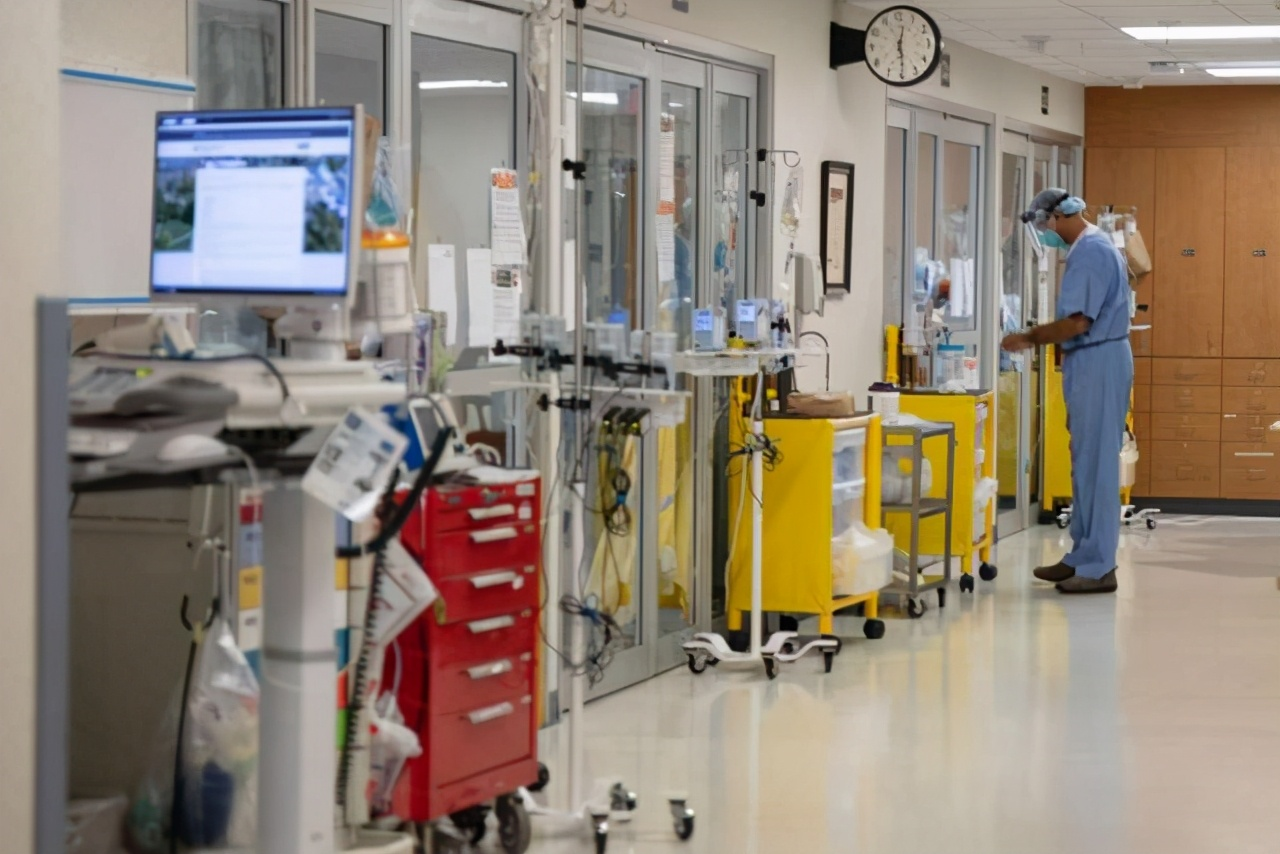 """德国医生杀害两名新冠肺炎患者,自称帮他们""""解除痛苦"""""""