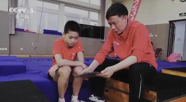 全红婵隔离结束!她将回省队训练冲击金牌,和父母在广州短暂团圆