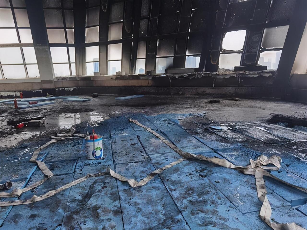 警醒!武汉一电焊工无证作业引发火灾 涉事人员被依法行政拘