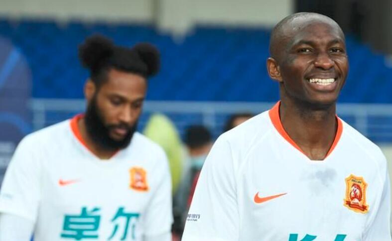最佳球员:门柱!武汉队离本赛季首胜还有多远……