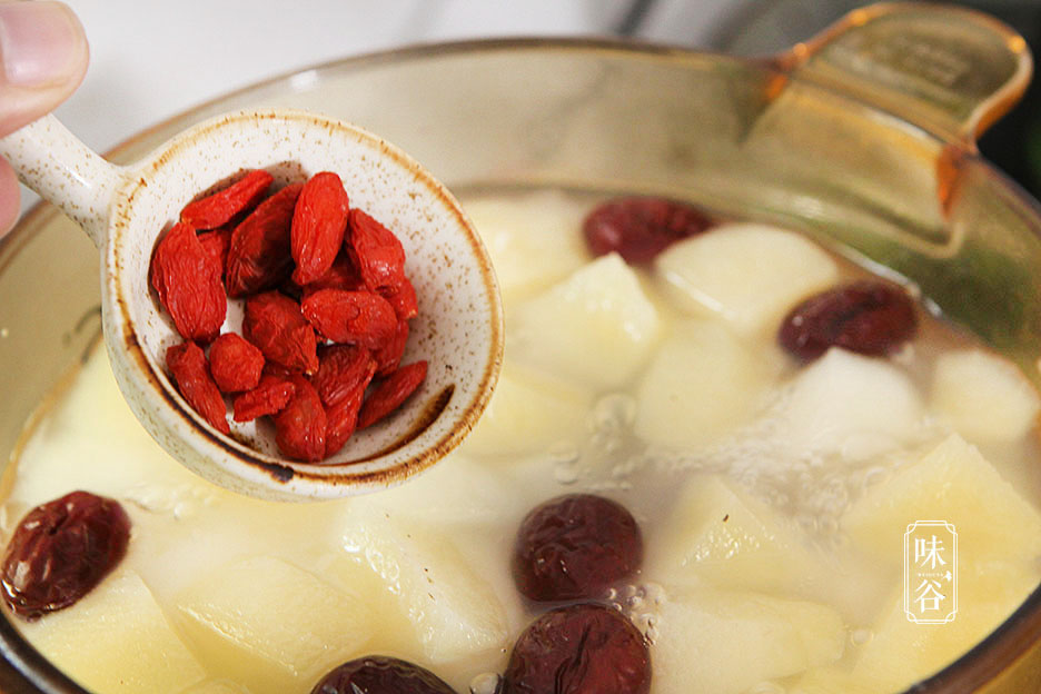 入秋后,多给家人喝这汤,鲜甜可口,开胃解腻去秋燥,老好喝了