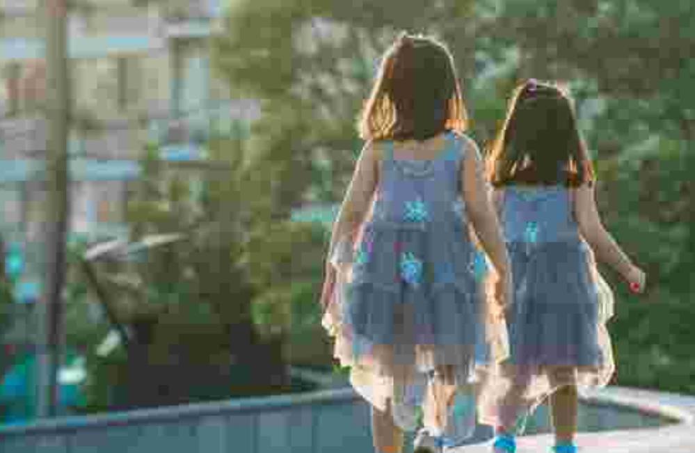 安徽女子一再强奸两名亲生女儿,其妻曾经发现冷清忍下,女儿曾经想用去世来揭发父亲罪状