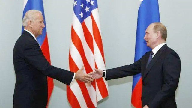 """中美激烈交锋,俄罗斯却""""左右逢源"""",普京或成为最大赢家?"""