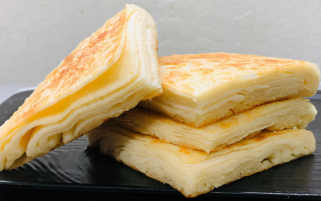 家常千层饼的懒人做法,层层薄如纸,层次清晰,凉了还不会变硬
