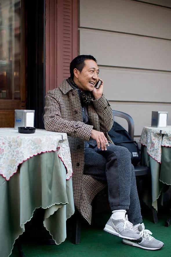 為什麼男人年紀越大越愛 New Balance?