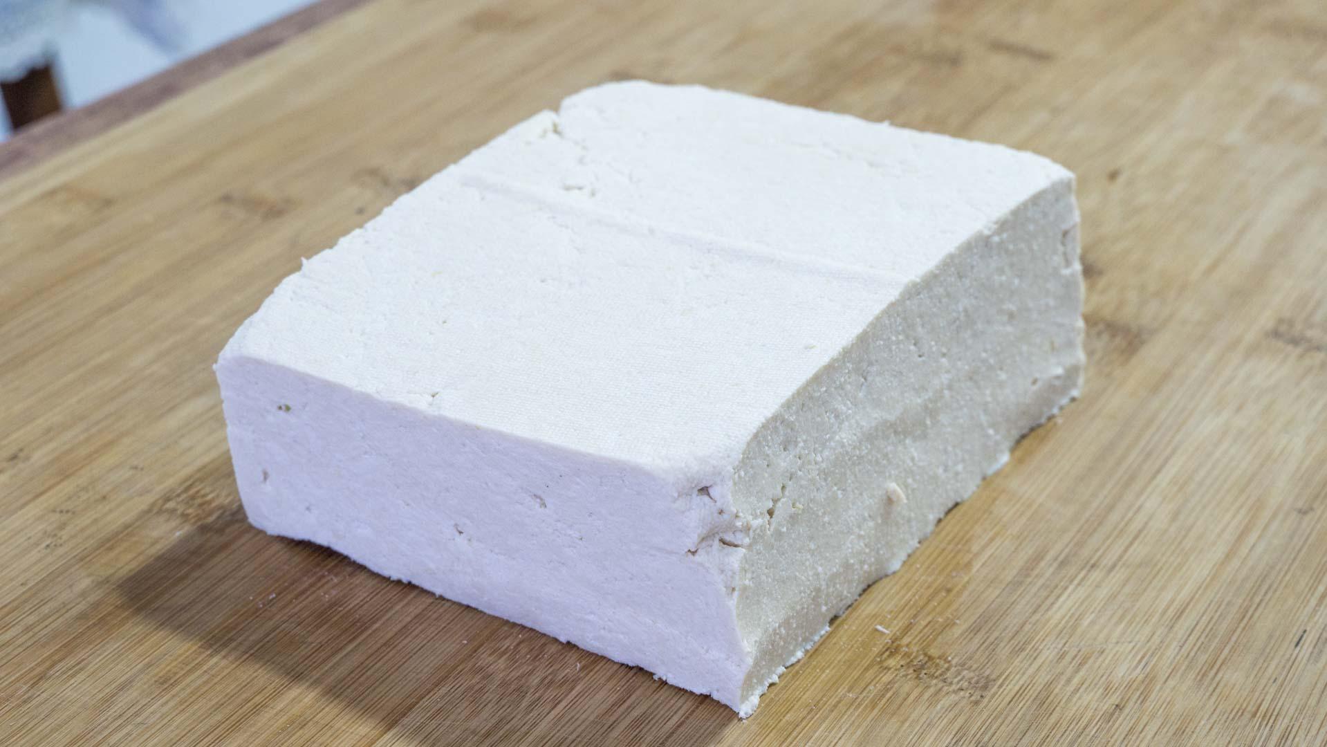 在家做豆腐,2斤黄豆出8斤豆腐,健康零添加,做法简单又好吃 美食做法 第15张