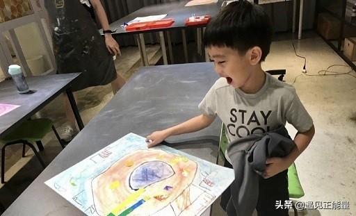 林志穎雙胞胎兒子曬美術作品,年紀小小就很有藝術天賦