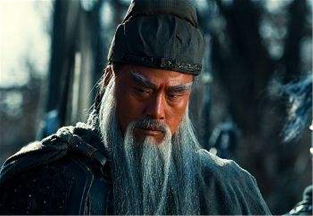 赵云年龄和黄忠相当,关羽为何只骂黄忠是老卒,而不骂赵云