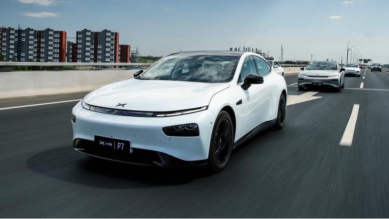 """自主新能源车全球领先,还提""""弯道超车""""是小看自己了吗?"""