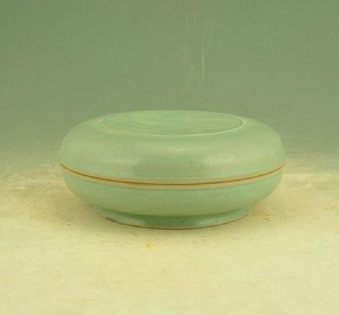 淡扫娥眉盖脂粉——宋朝美不胜收的瓷粉盒:饱含文治典雅之灵气