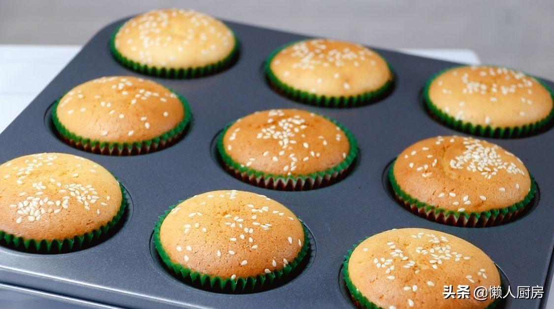 不用加水,不要分离蛋白蛋黄,教你蜂蜜脆皮蛋糕的做法,皮脆里软