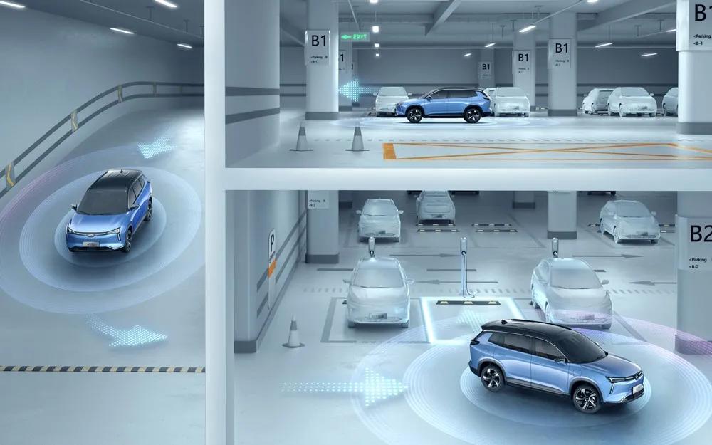 城市道路也可自动驾驶,视觉方案的AVP比得上激光雷达吗?