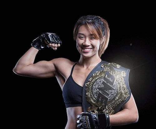 外媒评选MMA十大最佳拳手,嘴炮、张伟丽没有上榜