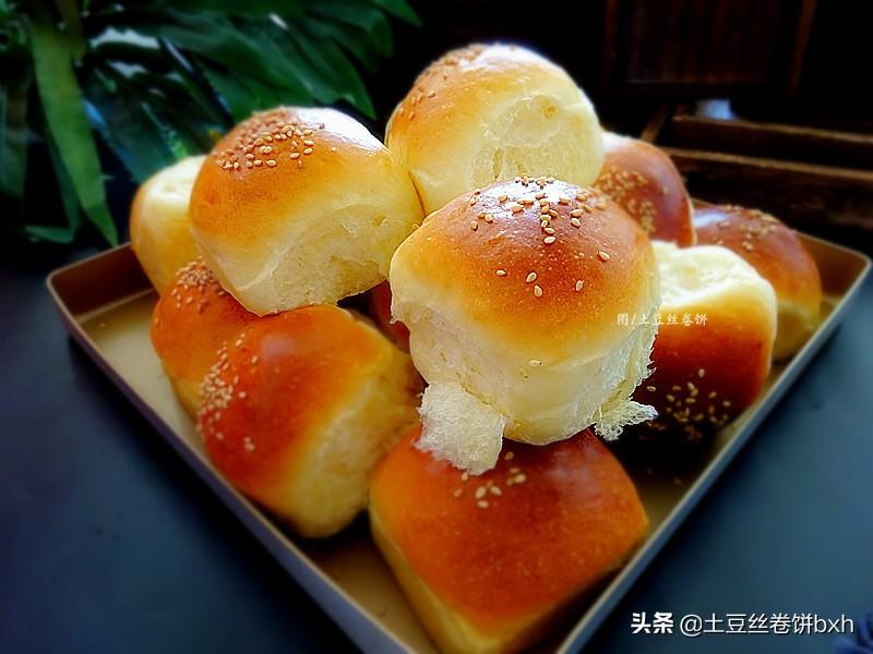 奶味十足的軟麵包,像做饅頭一樣簡單,不需要造型,越吃越愛