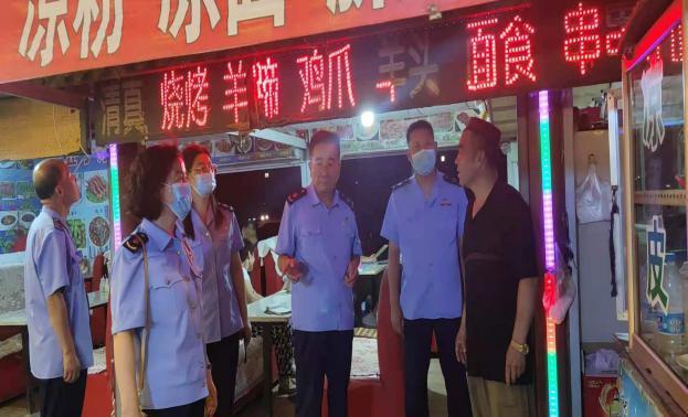 寧夏青銅峽:集中開展夏季食品安全夜查整治行動