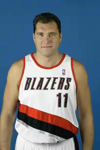 乔丹的专和詹姆斯的全,篮球的未来是5个全能么?