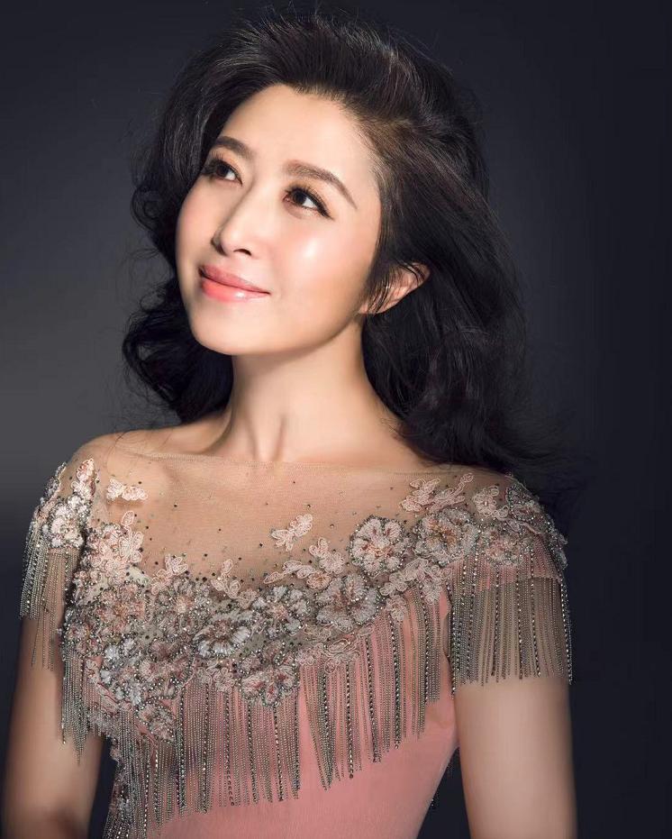 刘媛媛最新单曲《追随》全国发行·向<font color=red>建党</font>百年献礼