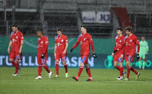 宇宙队爆冷倒下!德国杯拜仁7-8输给乙级队,无缘三冠王卫冕