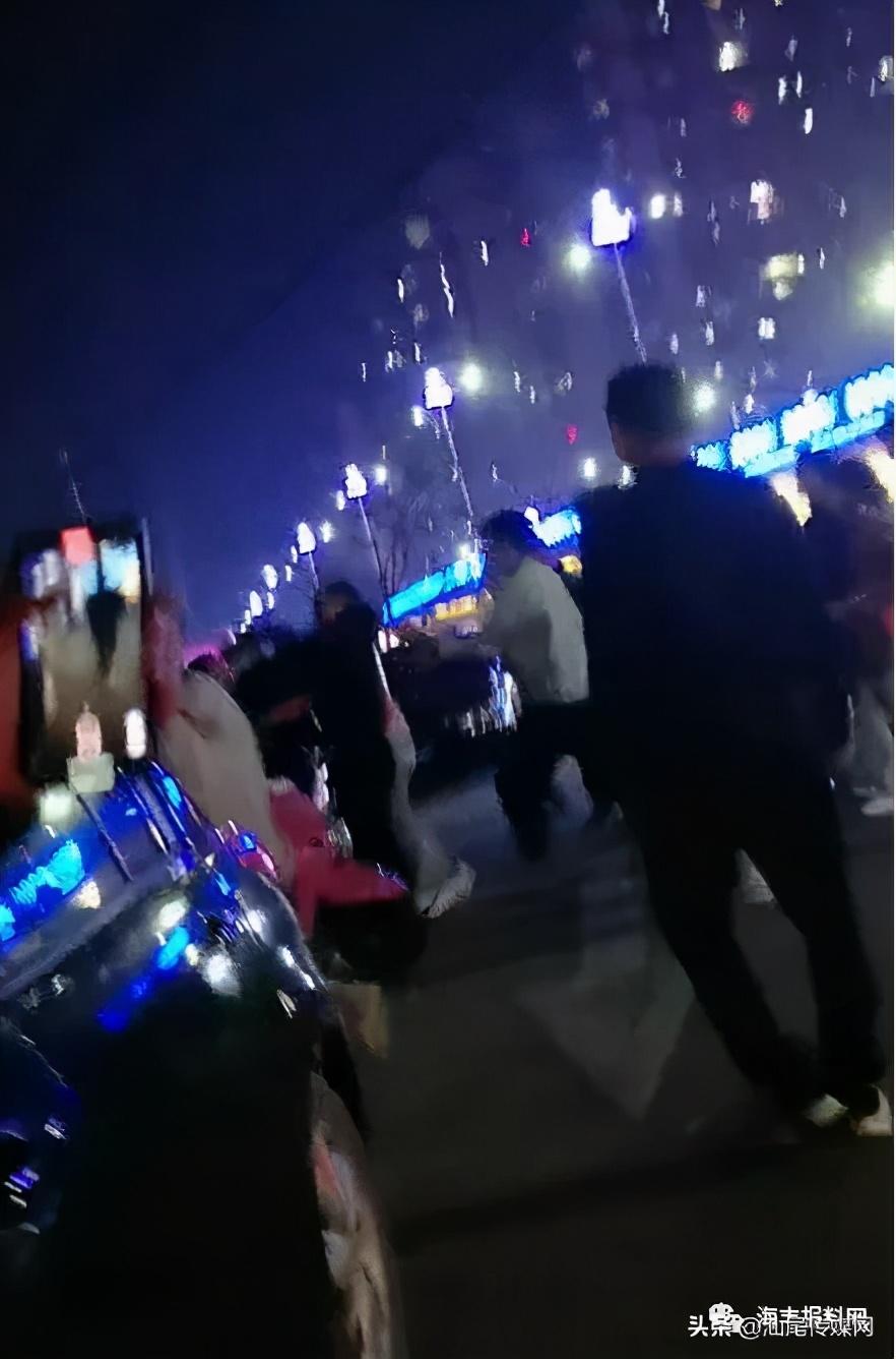 海丰南桥下一群精神小伙突然闹起来...