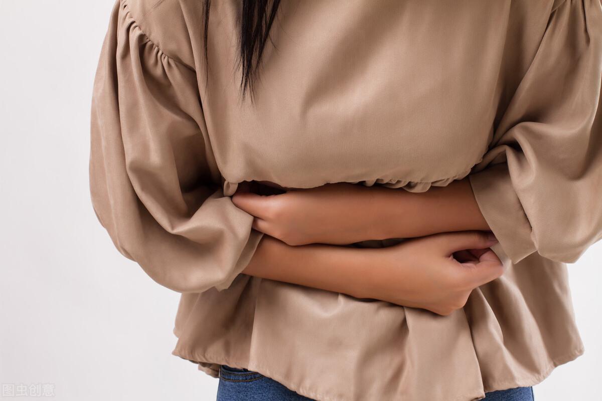 得了胃炎,身体或许有5个症状,生活中养成这6个习惯,胃病不缠身