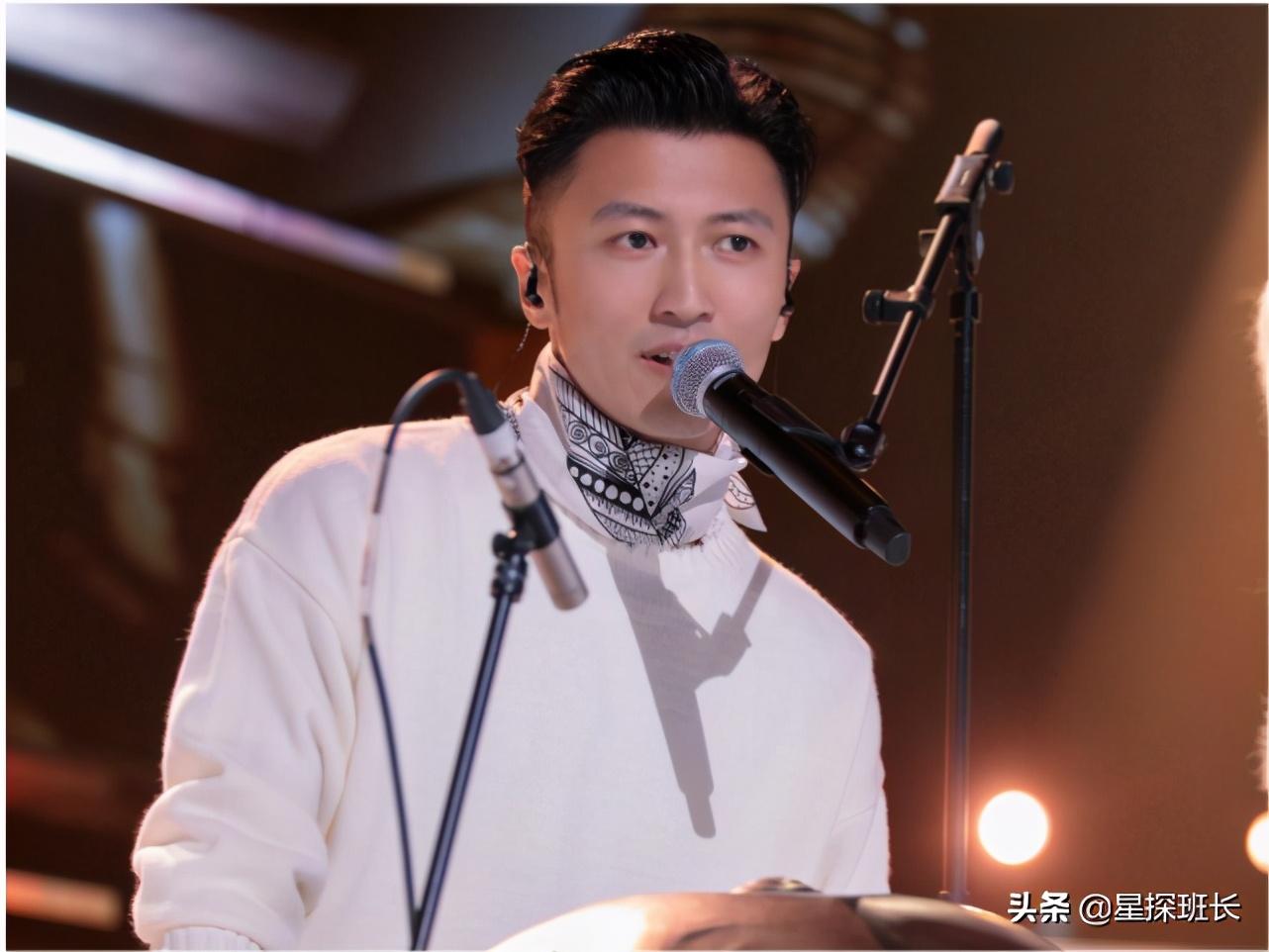 《中国好声音》决赛5进3:李荣浩创逆袭奇迹,谢霆锋今年又陪跑