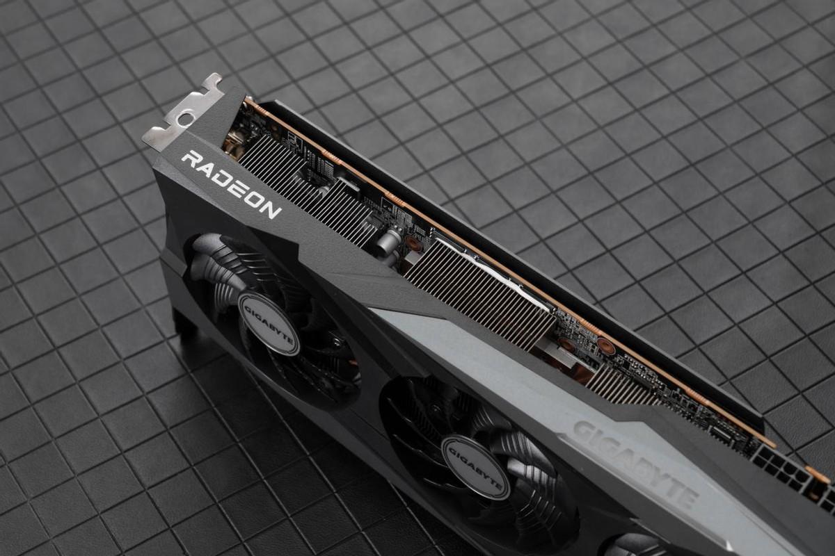 性能、散热远超公版 技嘉RX 6700 XT GAMING OC 12G评测