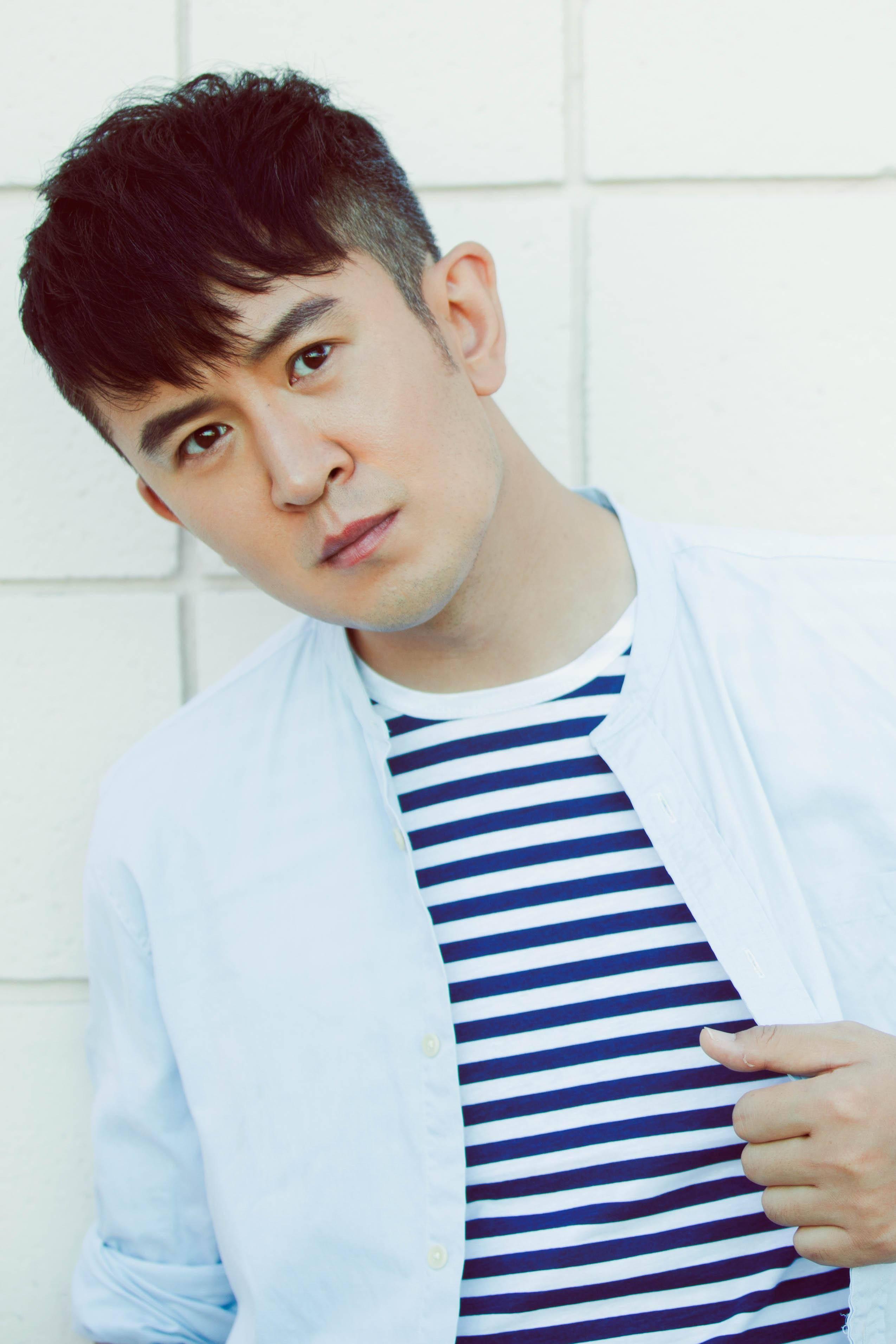 演员郭家铭再次无底线炒作引热议 网友:你不红是有道理的