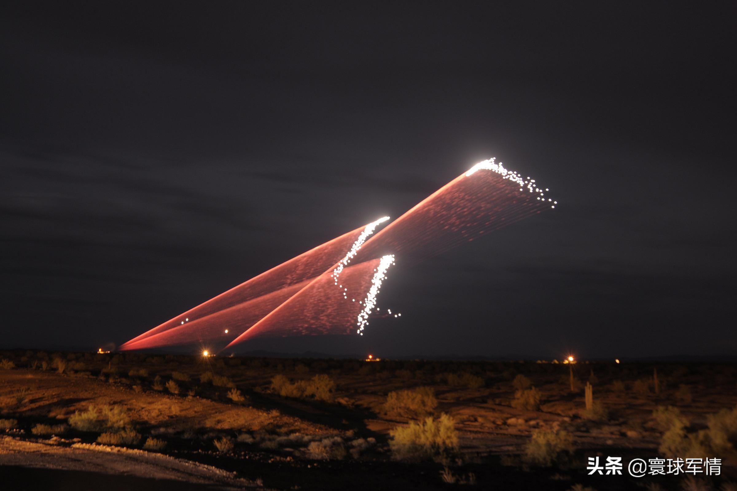 密集阵连续开火,美驻伊大使馆拦截4枚火箭弹,另有一枚触地爆炸 原创寰球军情2020-12-21 22:00:26 长期以来,美国都高举反恐或者和平的旗号在中东地区悍然展开军事行动,当前伊拉克的局势已经