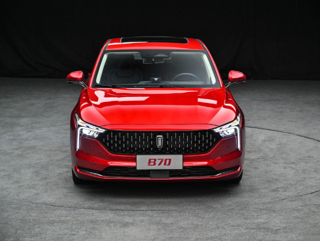 """自主""""颜王""""之争!2020最帅的两款中国轿车,B70对比星瑞"""